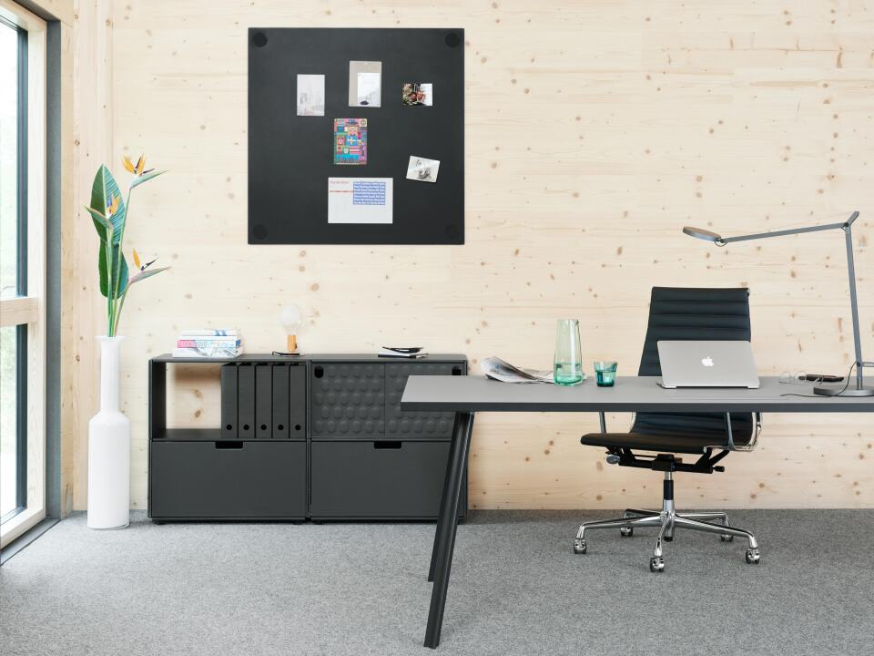 Linoleum desk with Beam table legs