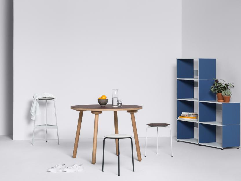 Linoleumtisch mit MT2 Eiche Tischgestell