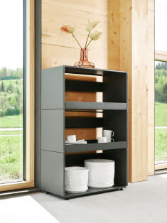 Individual kitchen shelf