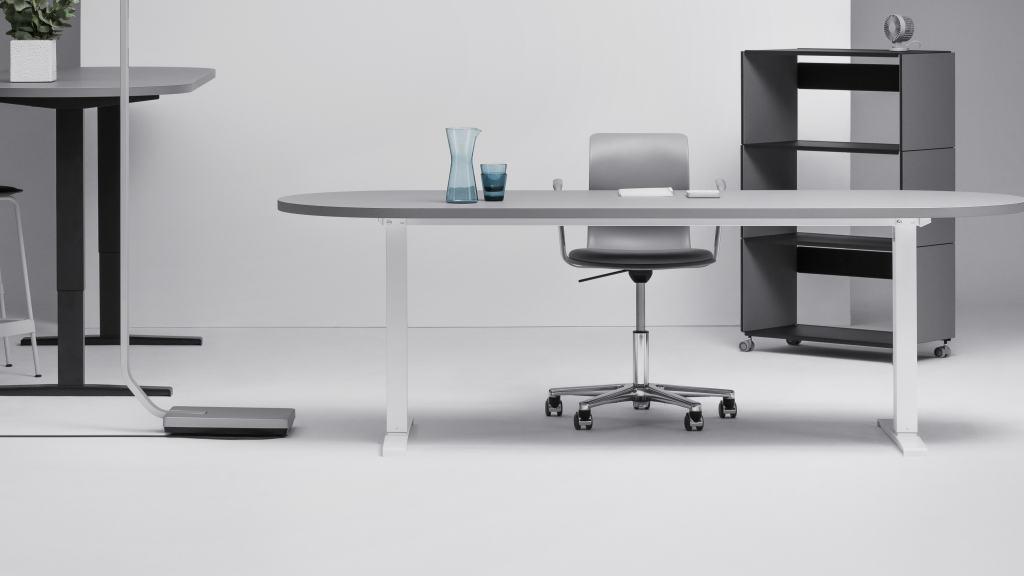 Hubert (Bein mittig), Tische & Gestelle